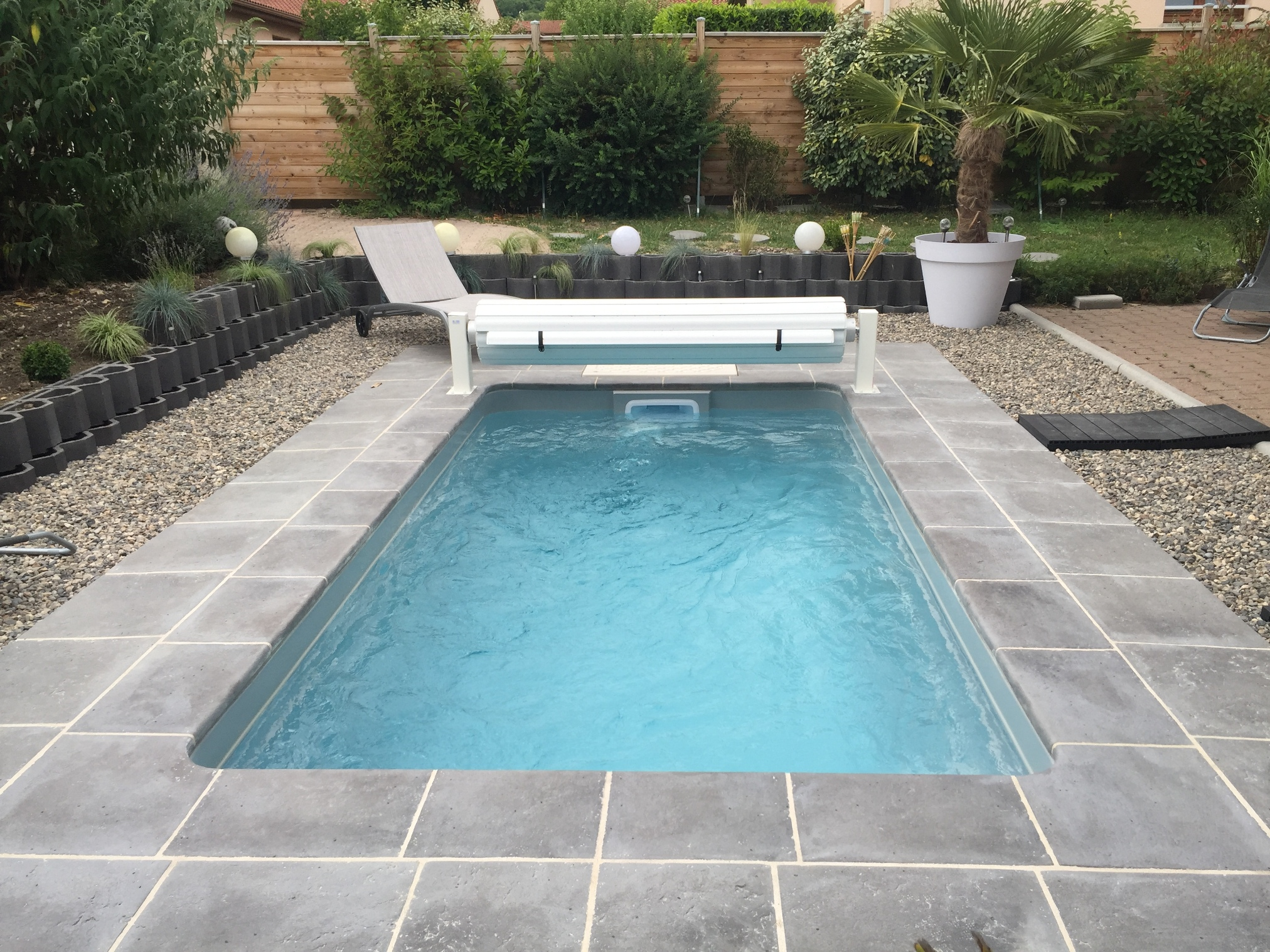 Mini pool loic piscines et spas for Piscine coque 10m2